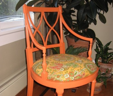 Accent Chair Makeover!
